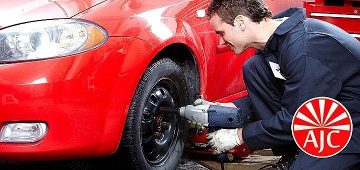 Шиномонтаж 4 колес до 22 радиуса включительно для легкового авто или внедорожника в Автостанции AJC!