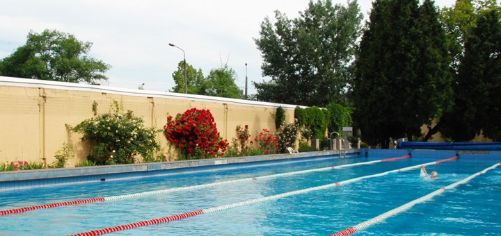 Безлимитный абонемент для новых клиентов на посещение открытого бассейна с подогревом в «Спорткомлексе ДСК-3»