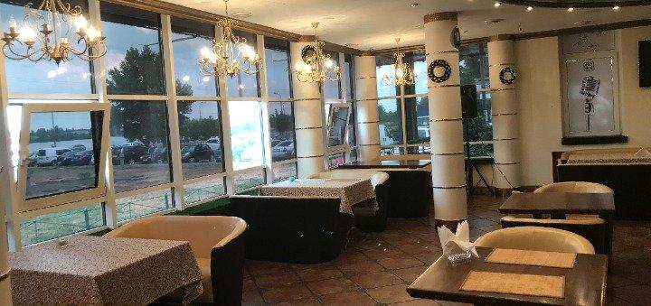 Скидка 40% на все меню кухни и бара для компании до 4-х человек в ресторане «Viva Victoria»