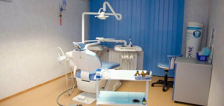 Ультразвуковая чистка зубов в стоматологическом кабинете «АВС стоматология»