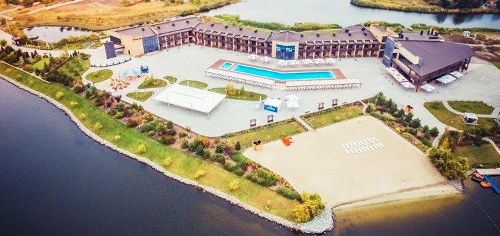 До 3 часов отдыха в финской сауне для компании до 12 человек в комплексе «Остров River Club»