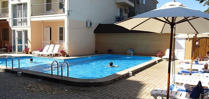 Бархатный сезон на Черном море! 3, 5, 8 или 11 дней для двоих в отеле «Лагуна» в Скадовске! От 629 грн.!