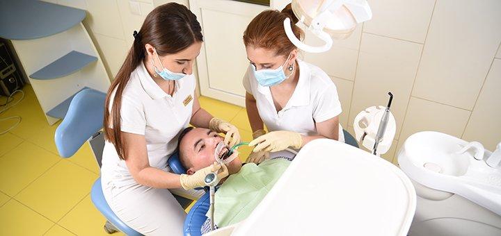 Скидка до 61% на установку металлокерамических коронок в медицинском центре «О.С.А.»