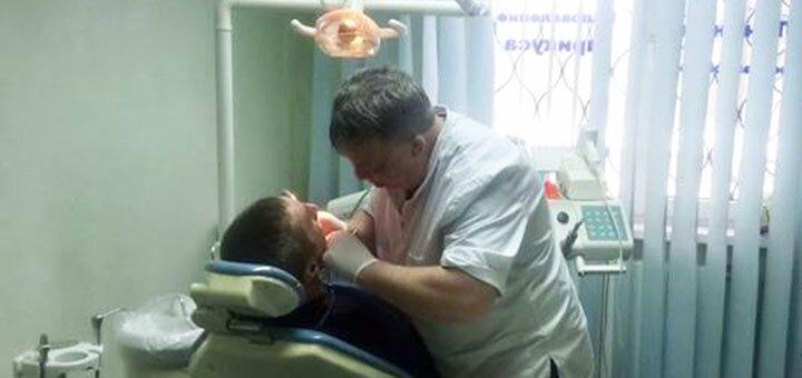 Ультразвуковая чистка зубов и Air Flow в стоматологическом центре «Dea Dent»