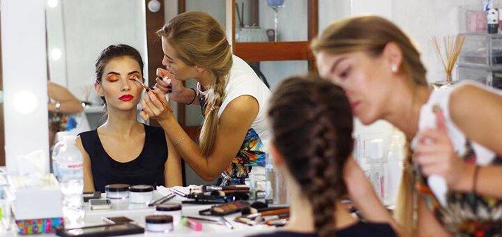 Дневной, вечерний или свадебный макияж от Анастасии Бобровник в салоне «Royal hair»