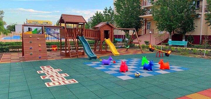 От 6 дней отдыха в бархатный сезон в пансионате «Nikolaev» в Коблево