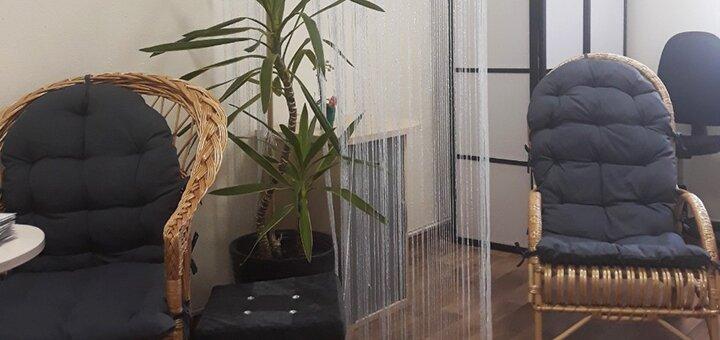 Маникюр с покрытием гель-лаком в студии красоты «Bali»