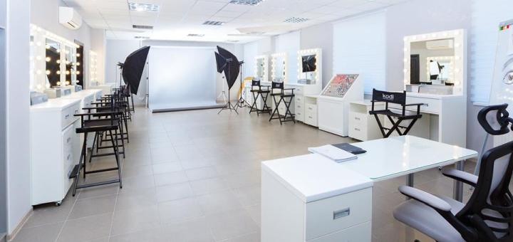 Курс повышения квалификации «Локоны от древности до современности» от «Style Studio KODI»