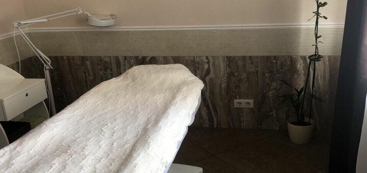 Вакуумно-роликовый массаж живота, спины, ног, бедер или подбородка в кабинете «Ksana Belia»