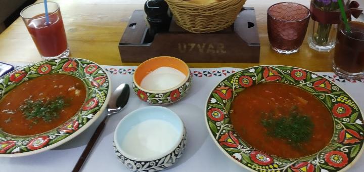 Скидка 30% на меню кухни и бара в тематическом кафе украинской кухни «Uzvar»