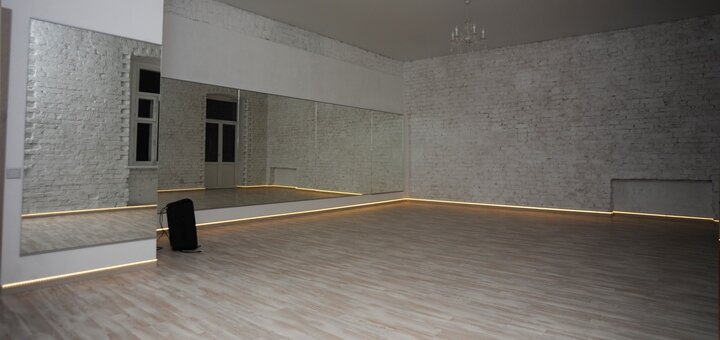 Скидка 50% на безлимитный абонемент в танцевальной студии «DecaDance»