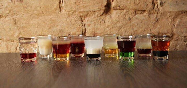 До 20 фирменных шотов в баре «The Drinkery»