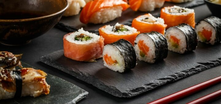 Скидка 50% на все меню кухни в ресторане «Якитория» в ТРК «Украина»