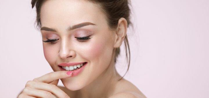 Ламинирование, Botox, окрашивание ресниц c коррекцией бровей в салоне красоты «Диксон»