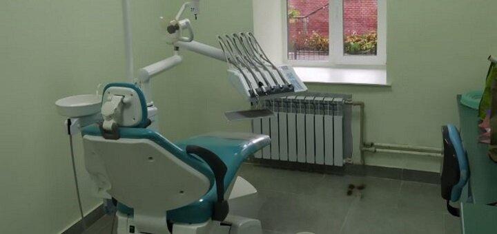 Профессиональная ультразвуковая и Air-Flow чистка зубов в стоматологическом кабинете «Dr.Silia»