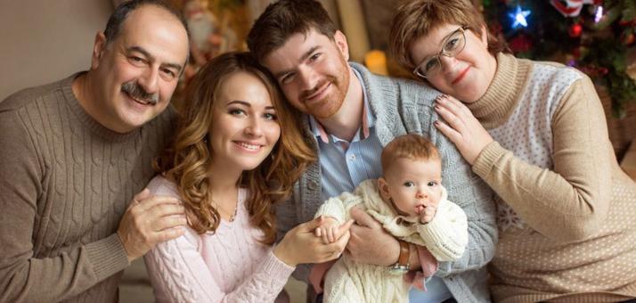 Семейная фотосессия «Тепло родных» от команды фотографов «ELEKTRA»