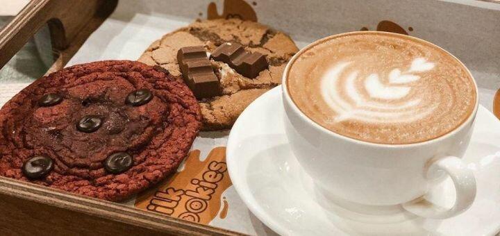 Скидка 50% на все меню напитков и десертов в кофейне «Milk&Cookies»