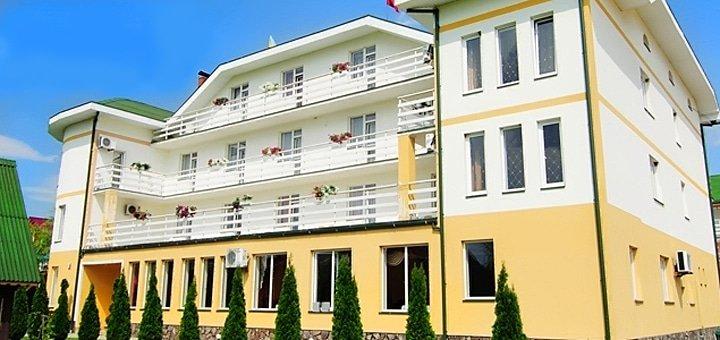 От 3 дней отдыха в отельном комплексе «Континент» в Карпатах